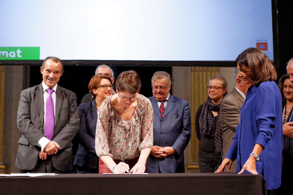 Signature du Pacte de l'économie circulaire - septembre 2015 - Hôtel de Ville de Paris