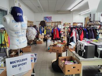 Recyclerie du sport : collecter les articles de sport inutilisés et les proposer dans une boutique solidaire !